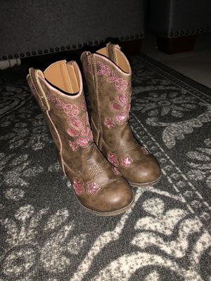 Toddler girl boots for Sale in Bedford, TX