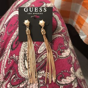 New Guess earring for Sale in Pflugerville, TX