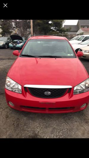 Kia spectra 5 speed manual for Sale in Columbus, OH