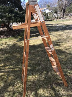 Werner W336 6 ft Wood Step Ladder 200lbs Type 3 for Sale in Blue Bell, PA