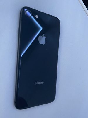 iPhone 8 excellent condition 64 gb unlocked for Sale in Lehigh Acres, FL