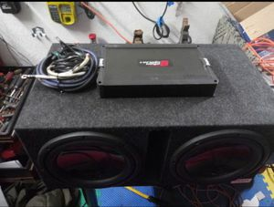 Diamond Audio D3's w/Cerwin Vega 1000w Amp for Sale in Garfield Heights, OH