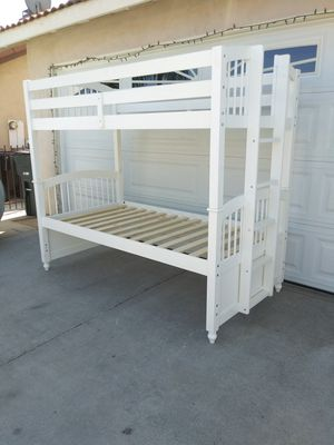 twin size bunk bed for Sale in Perris, CA