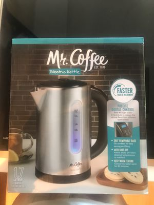 Mr Coffee digital temperature control electric kettle for Sale in Aventura, FL