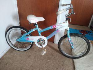"20"" girls bike with helmet for Sale in Aurora, CO"