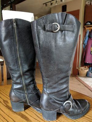 Women's Leather Boots. Born Shaylee (D08803) Size 38 European (7.5 - 8 US W) for Sale in Portland, OR