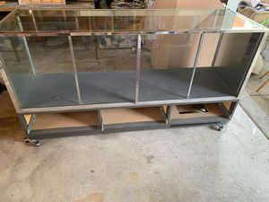 Display Cabinet for Sale in Chicago, IL