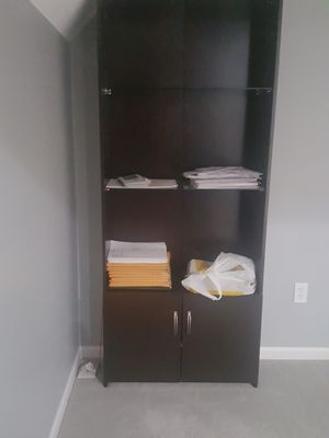 Book shelf or display for Sale in Overland Park, KS