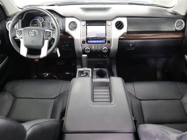2017 Toyota Tundra V8
