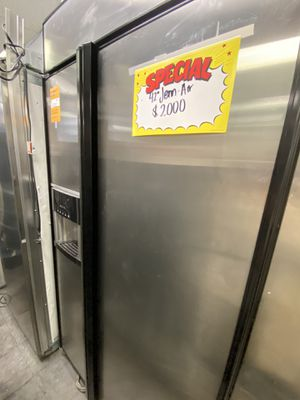 JennAir 2 Door Side By Side Stainless Steel Refrigerator Built In for Sale in Cerritos, CA