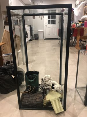40 Gallon tank and accessories for Sale in NEW CARROLLTN, MD