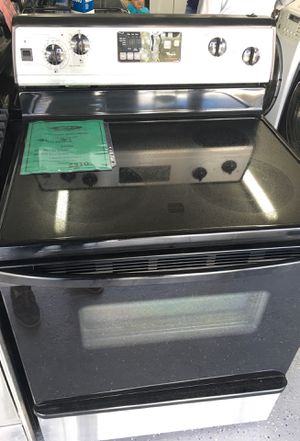Whirlpool stove-30 days warranty for Sale in Orlando, FL