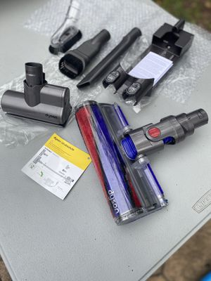 Dyson V6 accessories for Sale in Hightstown, NJ