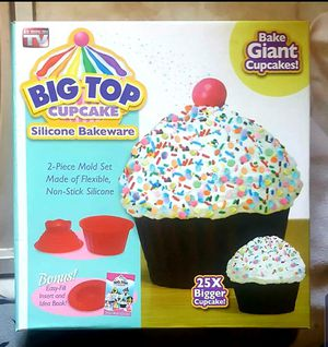 Cupcake Silicone Bakeware for Sale in Hazard, CA