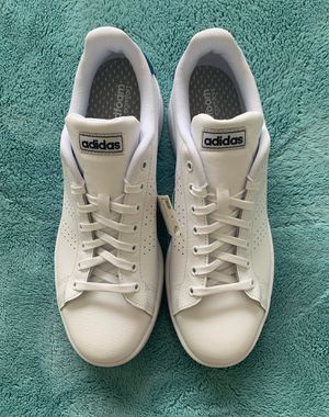 Adidas shoes men new, with box! Size 10.5 for Sale in Miami, FL