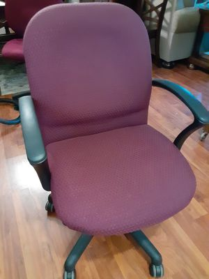 Chair for Sale in Gastonia, NC
