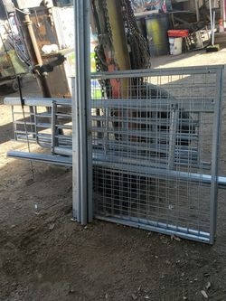 Twin Elevated Bed Frame for Sale in Riverside,  CA