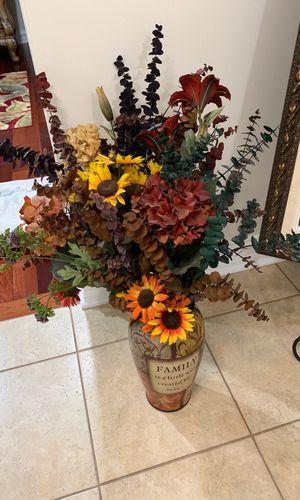 Vase and flower for Sale in Farmington Hills, MI