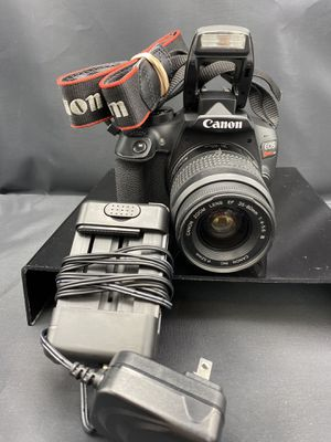 Canon Rebel T6 Digital SLR Camera w/lens/charger for Sale in Los Angeles, CA