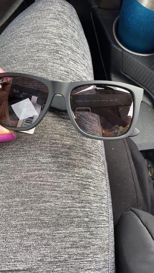 Sunglasses unisex for Sale in Vallejo, CA