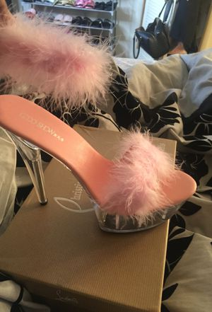 Custom pink heels size 9 for Sale in Alexandria, VA