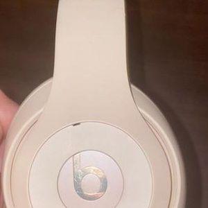 Studio 3 Wireless Beat Headphones(OBO) for Sale in Virginia Beach, VA