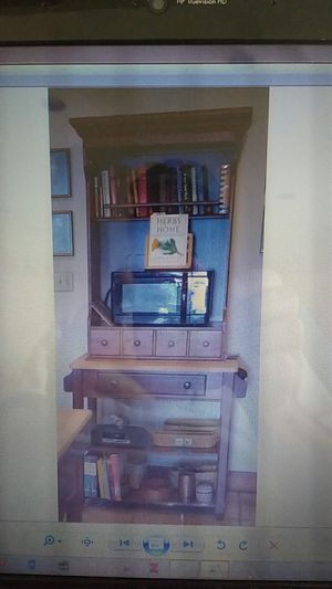 Kitchen Table and Hutch for Sale in Onalaska, TX