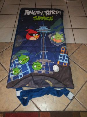 Angry bird sleeping bag size 28 x 57 for Sale in Farmers Branch, TX