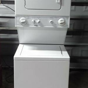 Nice Kenmore stackable washer and electric dryer apartment size for Sale in Houston, TX