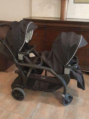 Graco double stroller for Sale in Pelzer, SC