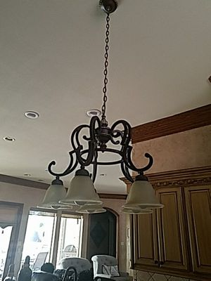 Chandelier 5 light for Sale in Frisco, TX