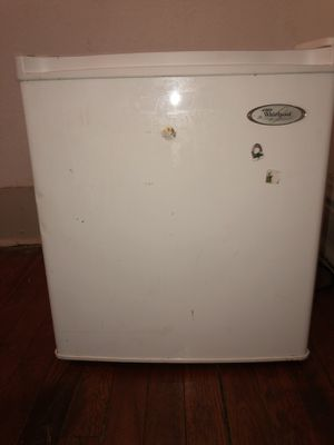 Mini Fridge for Sale in St. Louis, MO
