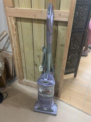 Shark navigator lift away vacuum for Sale in Delray Beach, FL