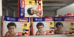 Huggies Snug & Dry Size 3(4bags) for Sale in Cleveland, OH