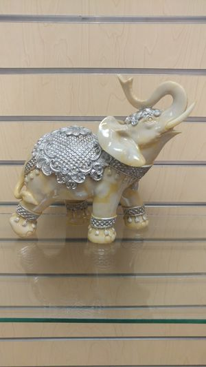 Elephant Figurine / Statue ( NEW ) silver for Sale in Murray, UT