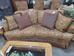 Sofa Gold & Burgundy Curved 🌈 Another Time Around Furniture 2811 E. Bell Rd for Sale in Phoenix, AZ