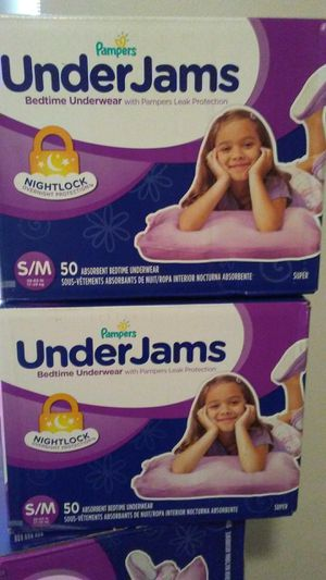 New. Diapers, wipes & gloves. for Sale in Miami, FL