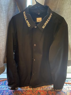 Burberry rain jacket brand new sz l for Sale in Fife, WA