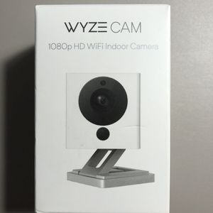Wyze Cam v2 Indoor Camera for Sale in SeaTac, WA