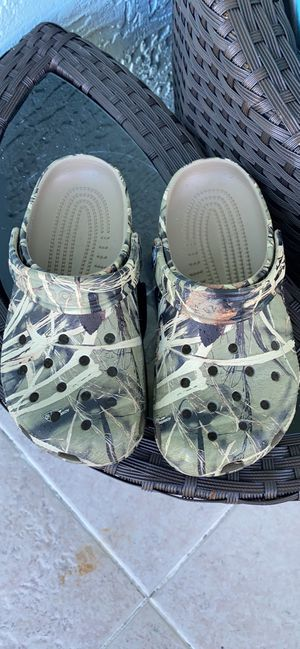 Crocs Classic TrueTimber Clogs for Kid.J 3 for Sale in Sebastian, FL