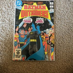 Batman Outsiders Comic Book for Sale in Irvine, CA