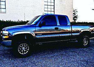 ֆ12OO 4WD Chevrolet Silverado 4WD for Sale in Hapeville, GA