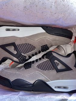Brand New Jordan 4 Taupe Haze Size 9 for Sale in San Leandro,  CA