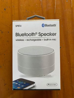 Sentry silver Bluetooth speaker for Sale in Los Angeles, CA