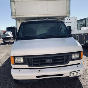 BOX TRUCK FORD E350 for Sale in Monument, CO