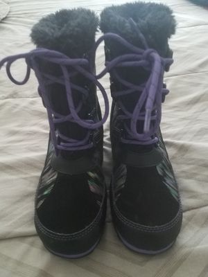 Big girls snow boots for Sale in Menifee, CA