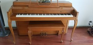 P.A. Starck Spinet Piano, 1960 lovely light oak color for Sale in Hollywood, FL