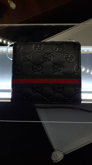 GUCCI LEATHER WALLET for Sale in Horsham, PA