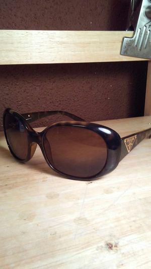Woman's PRADA sunglasses for Sale in Burbank, CA