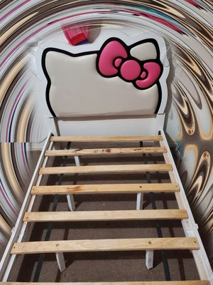 Hello Kitty twin bed for Sale in Stanton, CA